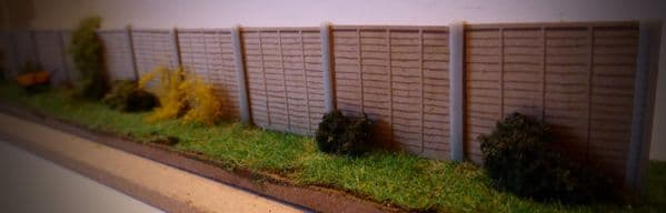 AX047-OO 3D Printed Concrete Fence Posts (Pack of 24) OO/4mm/1:76